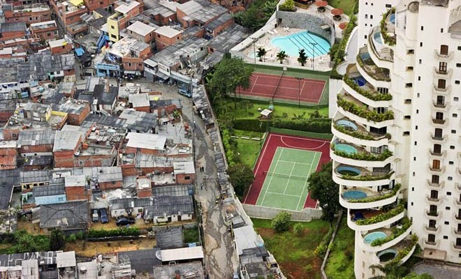 Marco Aranda Andrade, Resistencias cotidianas y luchas por lo común en los márgenes urbanos